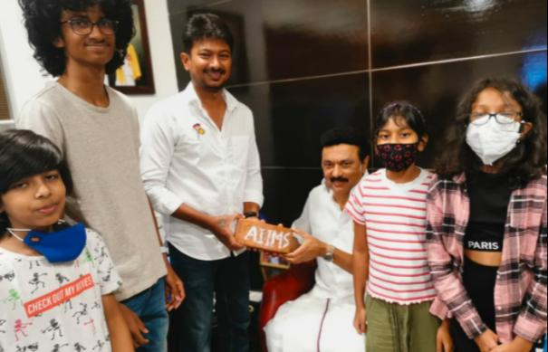 udhayanidhi-stalin-wishes-to-mk-stalin