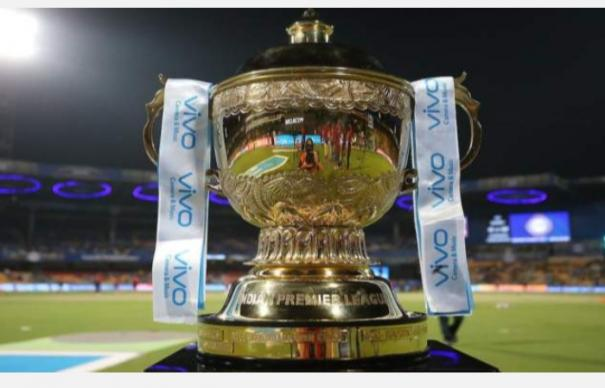 ipl-gets-suspended-for-time-being-after-srh-player-tests-positive