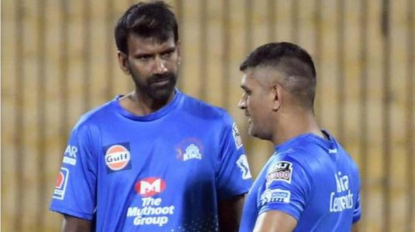 covid-19-positives-hussey-and-balaji-flown-to-chennai-in-air-ambulance