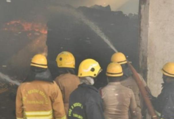 fire-at-furniture-company-in-kochadai-madurai