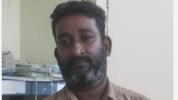 complaint-of-high-interest-in-kumbakonam-private-financial-institution-attempt-to-burn-company-by-pouring-kerosene