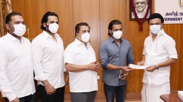 actors-surya-karthi-sivakumar-donate-rs-1-crore-towards-cm-s-corona-relief-fund