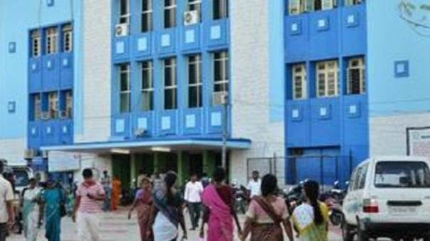 nellai-relatives-of-corona-patient-complain-death-due-to-insufficient-oxygen-administration-refuses