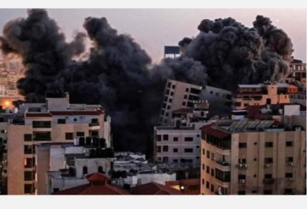 israel-continued-to-bombard-the-gaza-strip