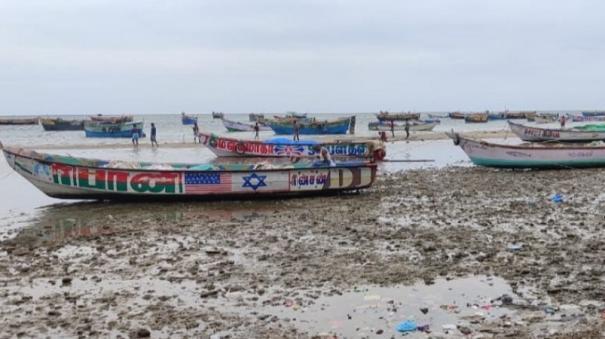 tauktae-cyclone-pamban-sea-water