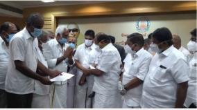 corona-coimbatore-corporation-contractors-union-rs-10-lakh-financial-assistance-request-to-give-priority-to-vaccination-for-workers