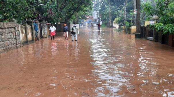 heavy-rain-at-kannyakumari