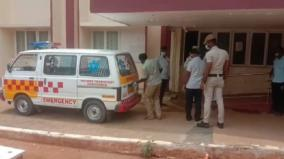 corona-patient-comes-in-ambulance-to-take-insurance