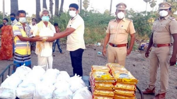 rameswaram-50-narikuravar-family-helped-by-uchipuli-police