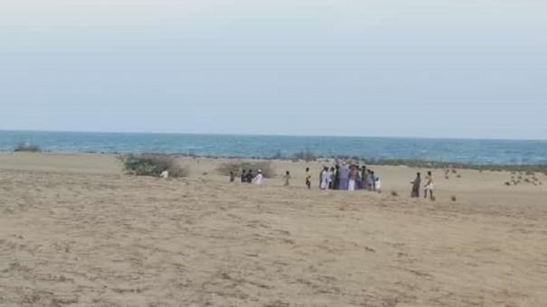 ramnad-4-skeletons-seen-in-valinokkam-beach