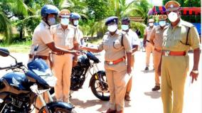 dindigul-17-two-wheelers-given-to-police