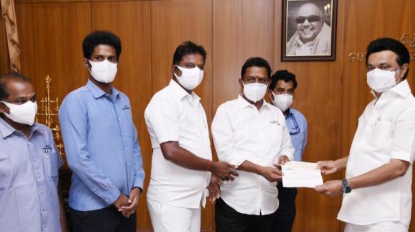 a2b-donates-to-cm-relief-fund