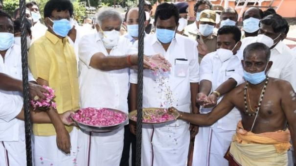 mullaiperiyar-water-released-for-first-term-yield