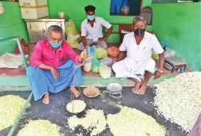 merchants-selling-jasmine-for-rs-150