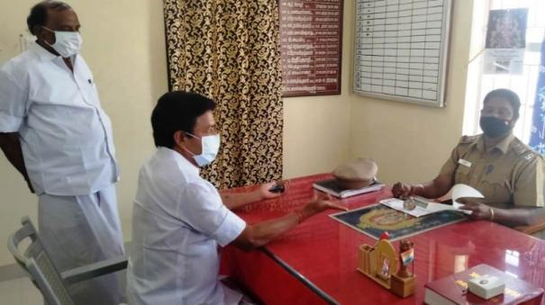 cv-shanmugam-complaint-on-sasikala