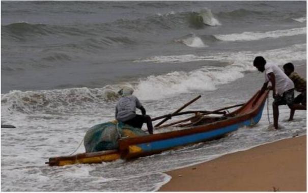 fishermen-gear-up-for-fishing-season