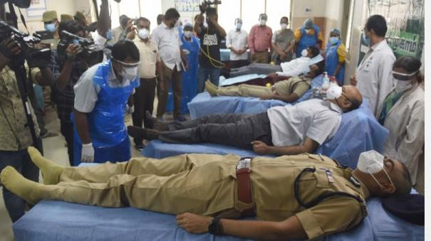 coimbatore-collector-sp-commissioners-who-donated-blood-at-the-government-hospital-at-the-same-time