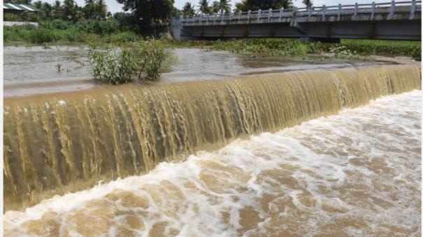 floods-due-to-continuous-rains-increased-water-supply-to-coimbatore-ponds