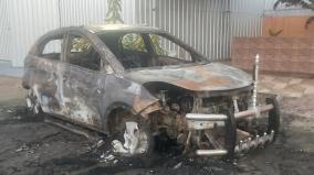sasikala-supporters-car-burnt-in-paramakudi