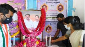 kanimozhi-mp-pays-tribute-to-sathankulam-victims