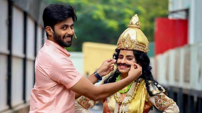'மார்ஃபிங்' திருமண வீடியோ சர்ச்சை: அஸ்வின் – சிவாங்கி விளக்கம்   Ashwin Kumar and Sivaangi clarify on morphed marriage video