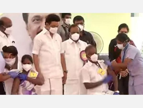vaccination-camp-for-construction-workers-food-support-scheme-for-overseas-workers-chief-stalin-launches