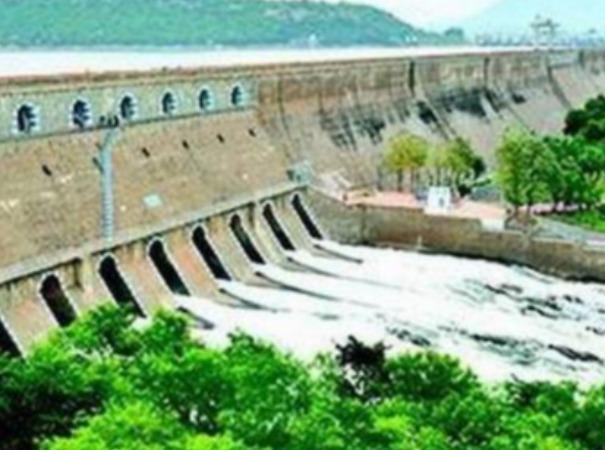 water-level-in-mettur-dam-decreased