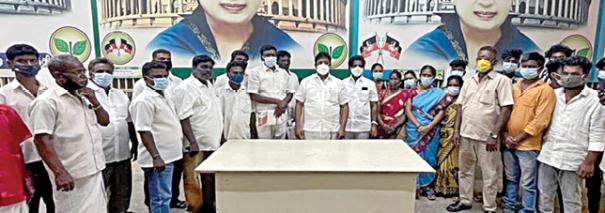 ammk-cadres-joined-admk
