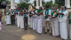 farners-protest-urges-to-increase-paddy-procurement-rate