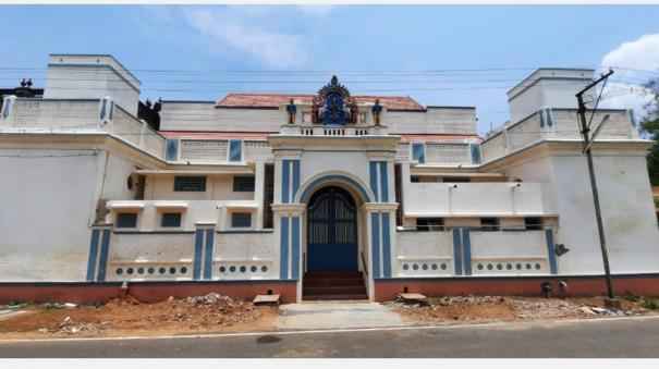 a-house-near-karaikudi-that-has-stood-on-one-acre-for-5-generations