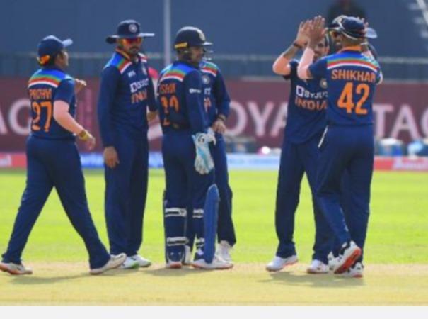 இது பி டீமா? கோலியை படையை வீழ்த்திவிடும் தவண் அணி: ரனதுங்காவை வறுத்தெடுத்த சேவாக் | This Indian B team can even defeat the Indian team in England' – Virender Sehwag lambasts Arjuna Ranatunga for his 'B' team remark
