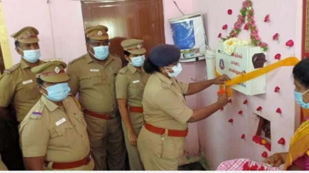 machine-for-sanitary-napkins-in-women-s-police-stations-babysitting-dindigul-sp-started