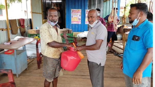sale-of-mutton-with-audi-offer-if-you-buy-a-kilo-a-jug-half-a-kilo-of-coconut-is-free