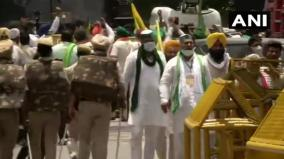 over-200-farmers-today-protested-at-delhi-s-jantar-mantar-against-three-central-farm-laws