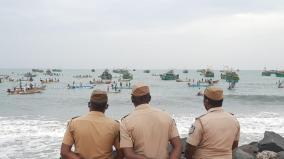 puducherry-fishermen-protest