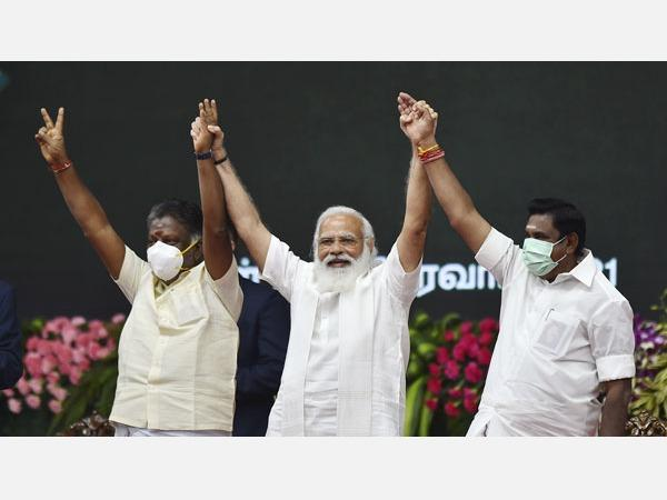 ops-eps-meeting-with-prime-minister-modi-consultation-on-the-political-environment-in-tamil-nadu
