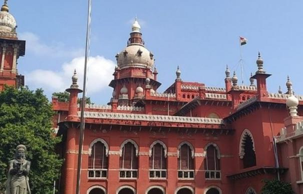 election-cases-highcourt-ordered-aiadmk-mlas-to-reply