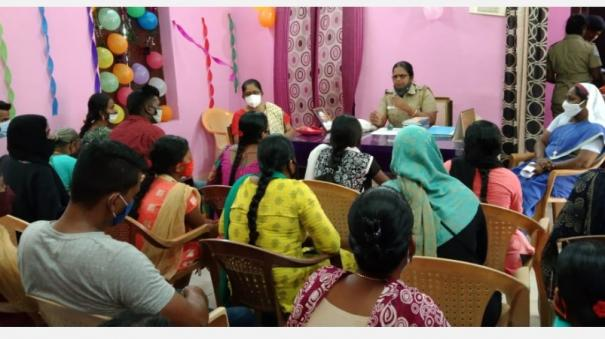 police-who-solved-family-problems-family-ceremony-at-pattukottai-police-station