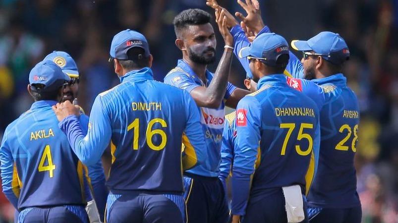 இலங்கை அணியின் ஆல்ரவுண்டர் சர்வதேச கிரிக்கெட்டிலிருந்து திடீர் ஓய்வு: 3 மாதத்தில் 2-வது வீரர் | Sri Lanka pacer Isuru Udana announces retirement from international cricket