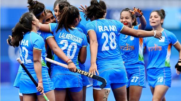 brave-indian-women-create-history-enter-olympic-hockey-semifinal-for-first-time