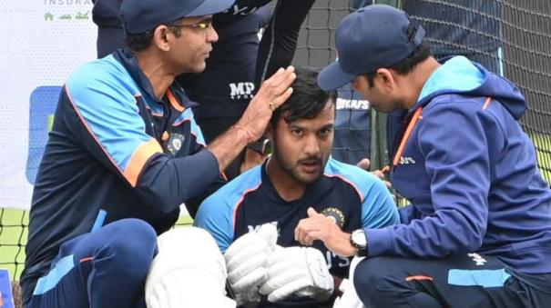 ind-vs-eng-mayank-agarwal-ruled-out-of-first-test-due-to-concussion