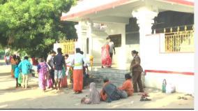 adiperukku-sami-darshan-devotees-standing-in-front-of-locked-temples