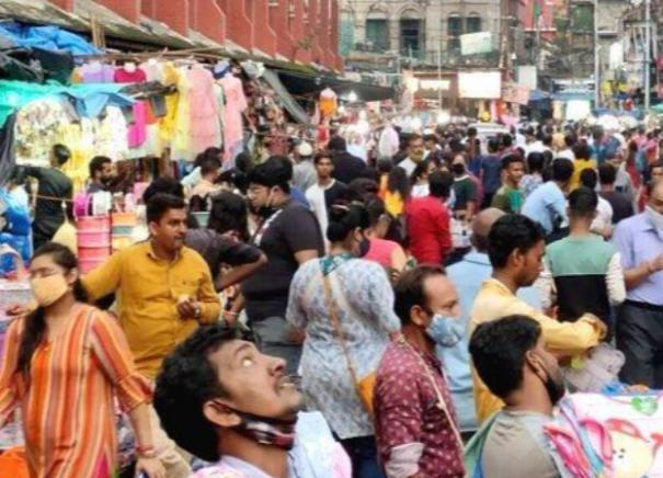 govt-asks-states-uts-to-consider-curbing-imposing-local-restrictions-for-upcoming-festivals