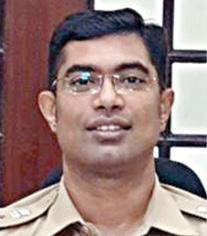 mahrashtra-tamil-ips-officer