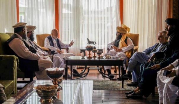 taliban-meet-ex-afghan-president-hamid-karzai-in-talks-to-form-government