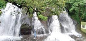 kutralam-falls