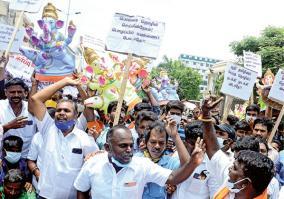 vinayagar-statue-makers-protest