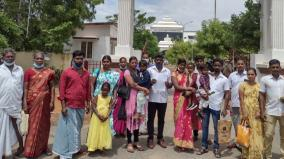 families-who-have-been-set-aside-for-many-years-due-to-mixed-smells-shock-in-trichy-village