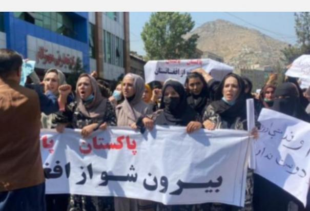 afghan-journalists-beaten-by-taliban-for-covering-women-s-protests