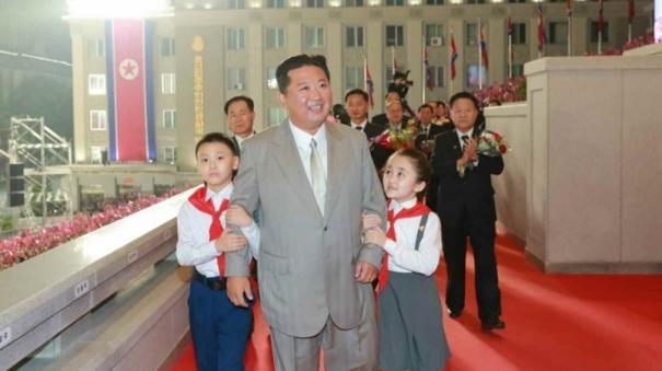 it-s-striking-how-much-healthier-kim-jong-un-is-looking-in-these-photos-from-yesterday